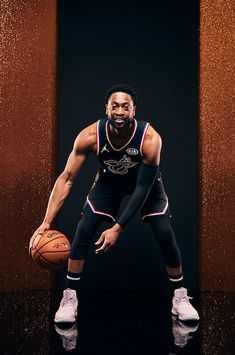 NBA All-Star-Porträts 2019 - Basketball Portrait Poses - Basketball Miami Heat Basketball, Sports Basketball, All Star, Basketball Highlights, Damian Lillard, Basketball Photography, Star Wars, Nba Season, Dwyane Wade