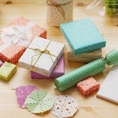 Hay muchos materiales para packaging o envolver regalos, todo un arte a la hora de sorprender en una ocasión especial a nuestros seres queridos #packaging #diy #handmade #crafts