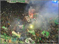 Panathinaikos fans singing Kids Soccer, Sports Clubs, Singing, Pride, Asia, Soccer, Jumpsuit, Pee Wee Football