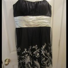 Selling this Short Black and Silver Formal Dress!! in my Poshmark closet! My username is: glittergirl94. #shopmycloset #poshmark #fashion #shopping #style #forsale #Dresses & Skirts