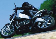 2003 Buell Motorcycle Company unleashes the Lightning XB9S. Harley Davidson History, Buell Motorcycles, Street Fighter Motorcycle, Motorcycle Companies, American Motorcycles, American Sports, Dream Machine, Sport Bikes, Motorbikes