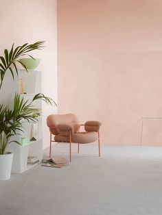 Lady Minerals Deco Pink 2782 - den flotte farve i Minerals Kalkmaling! Interior Design Inspiration, Home Interior Design, Color Inspiration, Interior Architecture, Interior And Exterior, Interior Styling, Peach Walls, Pink Walls, Interior Pastel