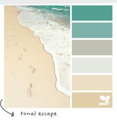 Coastal and Beach Decor: Coastal Decor Color Palette - Tonal Escape Farbpalette fürs Kinder-Badezimmer