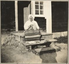 A woman nalbinding in Pyhäjärvi Vpl, Carelian Isthmus, Russia (area belonged to Finland until 1944). Year 1917.  http://fi.wikipedia.org/wiki/Pyh%C3%A4j%C3%A4rvi_Vpl