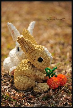Love this Easter-themed Lego bunny or rabbit creation. Brilliant! #lego #rabbits