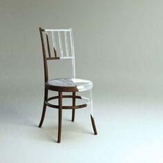 Sedia di legno+plexiglass (dall'alto: http://urlin.it/24987)