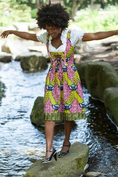 "Afro-Dirndl ""Togo & More"" Pink / Gelb von Return and get it ! auf DaWanda.com"