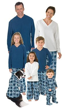 4e3e2b654604 28 Best Family Christmas Pajamas images