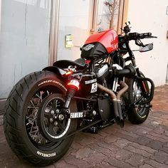 Harley Davidson Bike Pics is where you will find the best bike pics of Harley Davidson bikes from around the world. Harley Sportster 48, Sportster Iron, Harley Bikes, Harley Davidson Bikes, Female Motorcycle Riders, Bobber Motorcycle, Cool Motorcycles, Victory Motorcycles, Custom Street Bikes