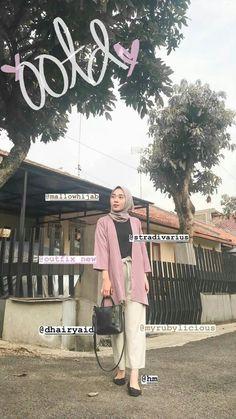 #ootd hijab remaja rok 43/1000 #ootd hijab remaja Pakistani Fashion Casual, Modern Hijab Fashion, Street Hijab Fashion, Hijab Fashion Inspiration, Muslim Fashion, Casual Hijab Outfit, Ootd Hijab, Hijab Chic, Ootd Poses