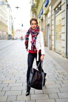 How to Style Plaid and Tartan Scarf in Cold Fall and Winter - Be Modish - Be Modish