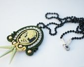 Punk soutache womens skeleton skull cameo pendant necklace with rhinestones, in green color, Halloween gift for her