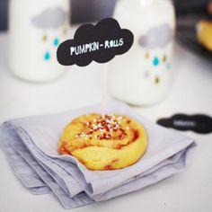 Pumpkin-Cinnamon Swirls (adaption of swedish kanelbullar)