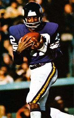 John Gilliam New Orleans Saints 1967-68, St. Louis Cardinals 1969-71, Minnesota Vikings 1972-75, Atlanta Falcons 1976 and Chicago Bears/New Orleans Saints 1977.