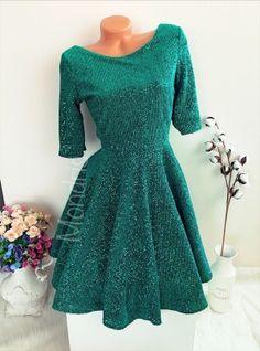 Rochie eleganta cloche verde stralucitoare scurta cu maneci trei sferturi - Rochii - Rochii banchet Corset, Dresses With Sleeves, Long Sleeve, Floral, Fashion, Tulle, Green, Embroidery, Moda