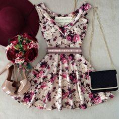 Vestido NEOPRENE C/ Bojo  Princesa Danila ( Estampa Flores Luvre) - Melrose Brasil