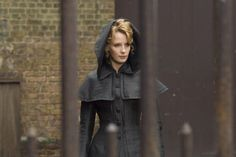 Kelly Reilly as Mary Morstan inSherlock Holmes (2009).