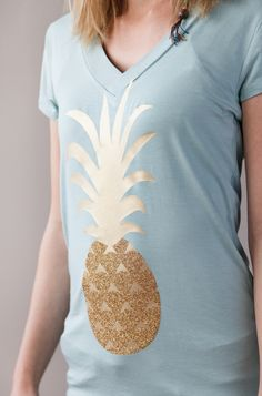 Pineapple t-shirt made with Cricut Iron-on and images from Cricut® Summer Love digital cartridge. Make It Now with the Cricut Explore machine in Cricut Design Space.