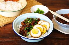 This is a delicious and budget friendly Chicken And Egg Rice Bowl. A great recipe that's easy to prepare and all you need is some ground ...