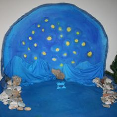 lovely nativity background tutorial the website is in Italian, use google translate for an amusing translation ;)