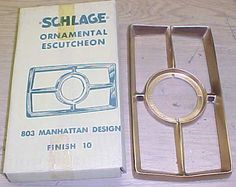 VINTAGE Schlage MANHATTEN DOOR ESCUTCHEON BRONZE 803