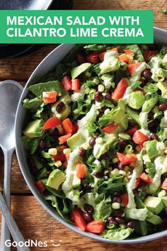 Mexican Salad With Cilantro Lime Crema Summer Salad Recipes, Summer Salads, Pizza Sides, Mexican Salads, Sweet Corn, Healthy Dishes, Side Dishes Easy, Black Beans, Cilantro