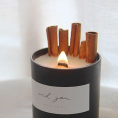 Candle inspiration for Karen Gilbert. Candle Packaging, Candle Labels, Candle Jars, Packaging Ideas, Homemade Candles, Diy Candles, Scented Candles, Lavender Candles, Making Candles