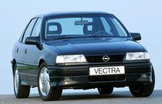 Fabricado até 2011, o Chevrolet Vectra coleciona uma legião de fãs no mercado de usados. O sedã, que foi fabricado no Brasil por três gerações, usou a mesma família de motores por mais de duas décadas, facilitando a manutenção dos modelos existentes. Edições especiais, como Collection, são valorizadas no mercado   http://noticias.r7.com/carros/fotos/veja-20-carros-nacionais-do-passado-que-ainda-bombam-nas-ruas-de-hoje-20130315-12.html#fotos