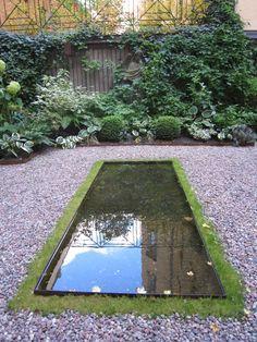 Kahlins Trädgårdar: Vattenspegel i cortenstål.
