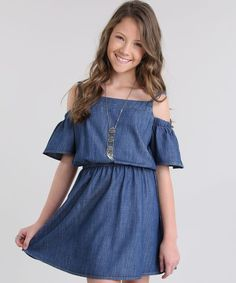 Vestido-Open-Shoulder-em-Jeans-Azul-Escuro-8719413-Azul_Escuro_1 Girls Casual Dresses, Cute Summer Dresses, Little Girl Dresses, Cute Comfy Outfits, Cute Outfits For Kids, Forever 21 Outfits, Girls Tunics, Baby Dress, Kids Fashion
