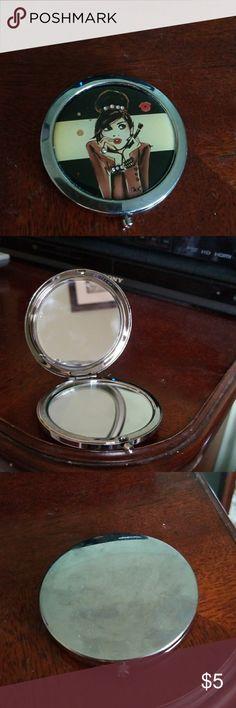 Izak compact mirror Gently used. Sephora Accessories