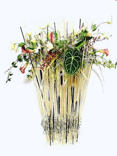 floral design by Shiu floral design, via Flickr