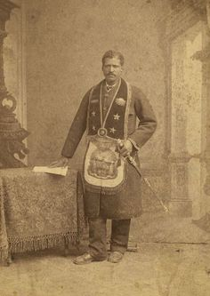 [African American man, member of the Grand United Order of Odd Fellows, wearing fraternal order collar and apron] Odd Fellows, African American Men, Native American, America Civil War, Civil War Photos, Vintage Dog, Freemason, History Facts, Historical Photos
