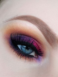 Pink, purple and gold eyeshadow #eyes #eye #makeup #bright #bold #dramatic