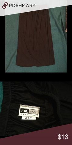I.N. Studio Black Skirt Comfy black skirt with lots of stretch! Great for the curvy woman! Gently used. I.N. Studio Skirts