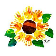 【ママ必見】おしゃれなママはみんなやってる♪手形・足形アート61選!! - NAVER まとめ Baby Crafts, Toddler Crafts, Diy Crafts For Kids, Kindergarten Art Lessons, Footprint Art, Baby Footprints, Handprint Art, Album Design, Hand Art