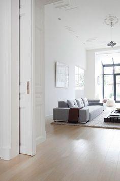 Fantastische woonkamer met En suite deuren - volg mijn bord voor meer inspiratie