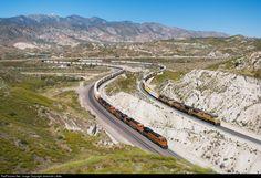 RailPictures.Net Photo: BNSF 8260 BNSF Railway GE ES44C4 at Alray, California by Jeremiah Lietke Bnsf Railway, Railroad Pictures, Train Engines, Rolling Stock, Photo Location, Train Station, Locomotive, Santa Fe, Planes