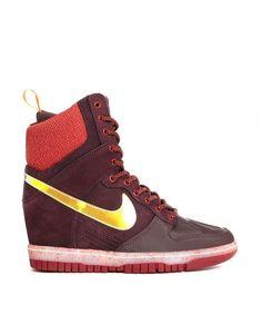 Nike   Nike Dunk Sky Hi Sneakerboot at ASOS