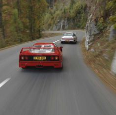 The Duel: Ferrari F40 and Porsche 959. This is what fast looked like in the 1980s...