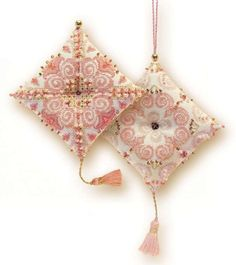Express your love for arts and crafts with these beautiful cross stitch kits! Find a themed kit for any taste! This package contains 25 count beige Zweigart Lugana fab Embroidery Kits, Beaded Embroidery, Counted Cross Stitch Kits, Arts And Crafts Supplies, Craft Kits, Pin Cushions, Cross Stitching, Needlepoint, Cross Stitch Patterns