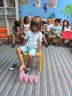 Ayakla bardak dizme Physical Activities For Kids, Motor Skills Activities, Infant Activities, Educational Activities, Learning Activities, Summer Activities, Family Activities, Outdoor Activities, Family Fun Games