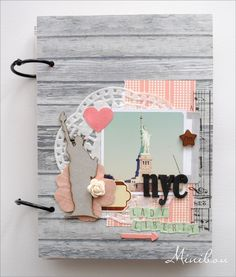 awesome travel Mini album : NYC Lady Liberty - Two Peas in a Bucket