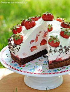 Strawberry mound (recipe in Polish- use Google Translate)
