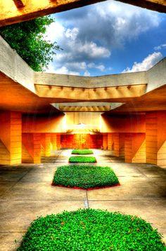 Frank Lloyd Wright at Florida Southern College -Lakeland, Fl
