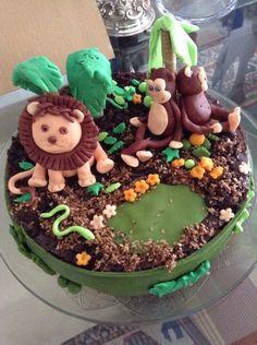 O bolo dos 2 anos do Salvador