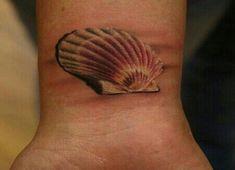 Significado del tatuaje de una caracola II: Vieira - http://www.tatuantes.com/significado-del-tatuaje-de-una-caracola-ii-vieira/