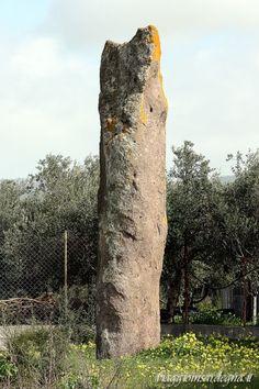 Villaperuccio - menhir Luxia Arrabiosa