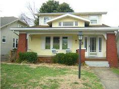 I love Roseanne's cute house!!    Neighbors weigh in on 'Roseanne' home sale - 14 News, WFIE, Evansville, Henderson, Owensboro