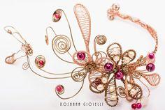 Vintage bridal headpiece by Rosanna Gioielli Bridal Headdress, Bridal Headpieces, Wire Jewelry, Bridal Jewelry, Jewellery, Hair Ornaments, Vintage Bridal, Brilliant Diamond, Bridal Style